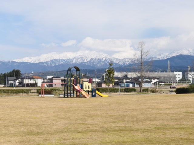 山を見ながら遊べます